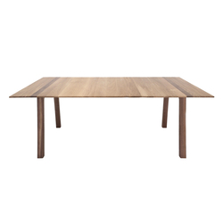 Hull | Dining tables | Foundry