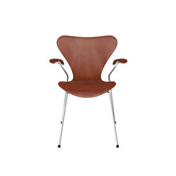 Series 7™ Model 3207 | Sillas multiusos | Fritz Hansen