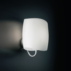 Aero Wandleuchte | General lighting | LUCENTE