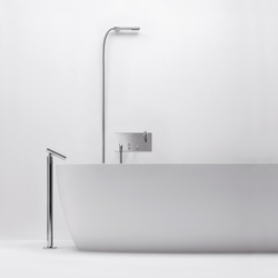 Square - RUB936NL | Bath taps | Agape