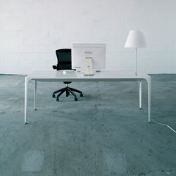 iTable | Executive desks | AMOS DESIGN