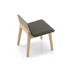 Laia Lounge Chair | Poltrone | Alki