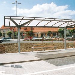 regio Bus stop shelter | Bus stop shelters | mmcité