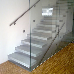 Cantilevered stairs in concrete | Concrete stairs | Siller Treppen