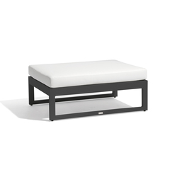 Fuse large footstool/sidetable | Gartenhocker | Manutti