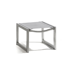 Latona textiles footstool/sidetable | Taburetes de jardín | Manutti