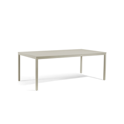 Quarto rectangular dining table | Mesas de comedor de jardín | Manutti