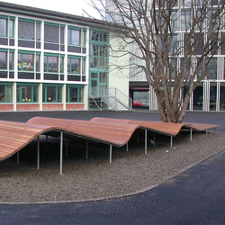 Schulhaus Guthirt, Zug | Panche da esterno | BURRI