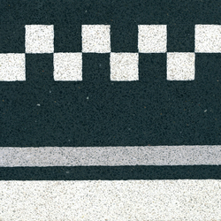 Terrazzo tile | Pavimenti in calcestruzzo/cemento | VIA