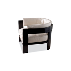 Warhol Blac Lac. | Garden armchairs | Minotti
