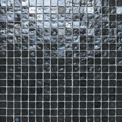 Mini Iris Black | Glass mosaics | Porcelanosa