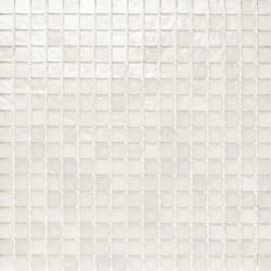 Mini Iris White | Glass mosaics | Porcelanosa