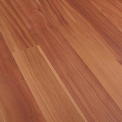 Forum Prunier 2L | Laminate flooring | Porcelanosa
