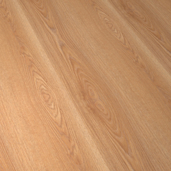Lama Supreme Roble Life | Laminate flooring | Porcelanosa