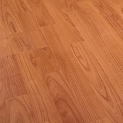 Residence Cerezo Residence 3L | Laminate flooring | Porcelanosa