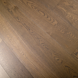 Seasons Roble Autum Day 1L | Wood flooring | Porcelanosa