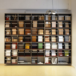 Tius 15 oscura | Magazine shelves | Plan W