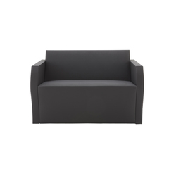 Simple Bridge | Divani lounge | Ligne Roset