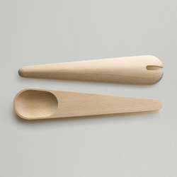 Toss Around Salad Servers | Serving tools | Muuto