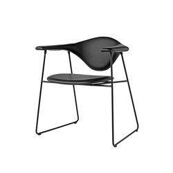 Masculo Sledge Chair | Sillas para restaurantes | GUBI