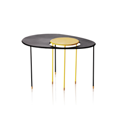 Kangourou Side table | Mesas auxiliares | GUBI