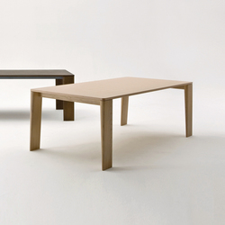 Keel table | Esstische | Former