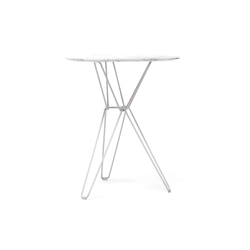 Tio Triangular Café Table Marble | Cafeteria tables | Massproductions