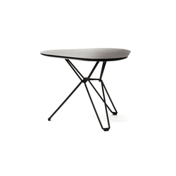 Tio Triangular Low Table Laminate | Side tables | Massproductions