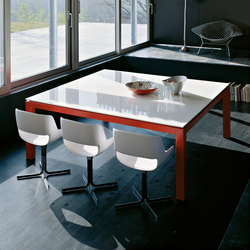 tables de conf rence avec plateau carr e de haute qualit. Black Bedroom Furniture Sets. Home Design Ideas