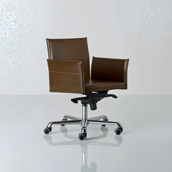 Alfa Swivel armchair low back | Sillas ejecutivas | Enrico Pellizzoni
