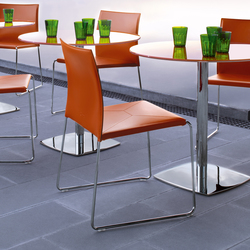 Bizzy Chair | Restaurant chairs | Enrico Pellizzoni