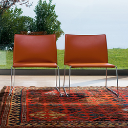 Bizzy Easy chair | Sillones lounge | Enrico Pellizzoni