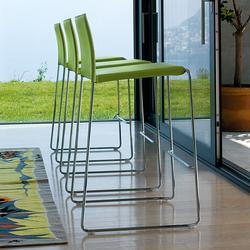 Bizzy Stool | Bar stools | Enrico Pellizzoni