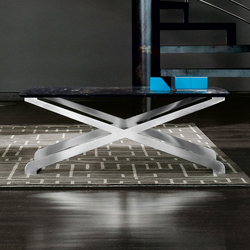 Crossover Side table | Lounge tables | Enrico Pellizzoni