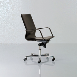 Lybra Swivel armchair high back | Management chairs | Enrico Pellizzoni