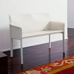 Pasqualina Small Sofa | Upholstered benches | Enrico Pellizzoni