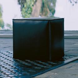 Pouff Simple | Poufs | Enrico Pellizzoni