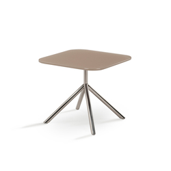 Shell Side Table | Tables d'appoint de jardin | FueraDentro