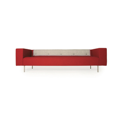 bottoni Triple seater | Lounge sofas | moooi