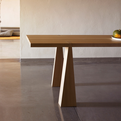 Incas | Dining tables | Agapecasa