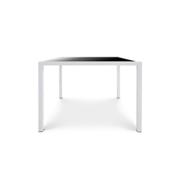 24/7 Diner Table small | Mesas de comedor de jardín | Design2Chill