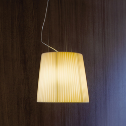 Nura Pendant light | Suspended lights | LUCENTE