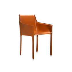 Nisidia P | armchair | Chairs | Frag