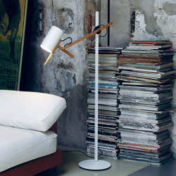 Scantling Floor lamp | Lámparas de pie | Marset