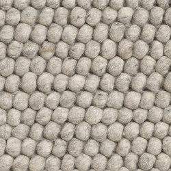 Peas Rug soft grey | Formatteppiche / Designerteppiche | Hay