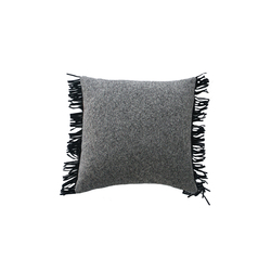 Sonia cushion | Kissen | Poemo Design