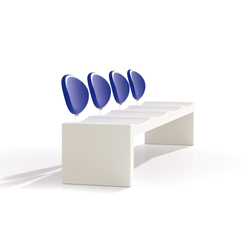 Omega | Waiting area benches | Cabanes