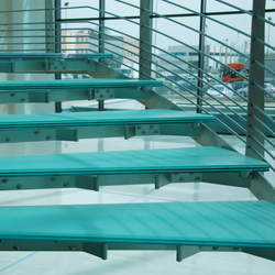 Madras® Flooring | Glass stairs | Vitrealspecchi