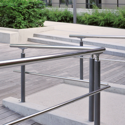 Acropole railing | Bollards | AREA