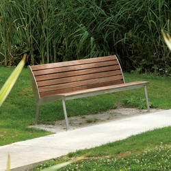 Miami Outdoor Bench | Bancos de exterior | AREA